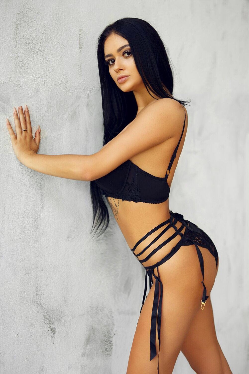 Call Girls Contact In Mumbai Are Always Available At Your Service